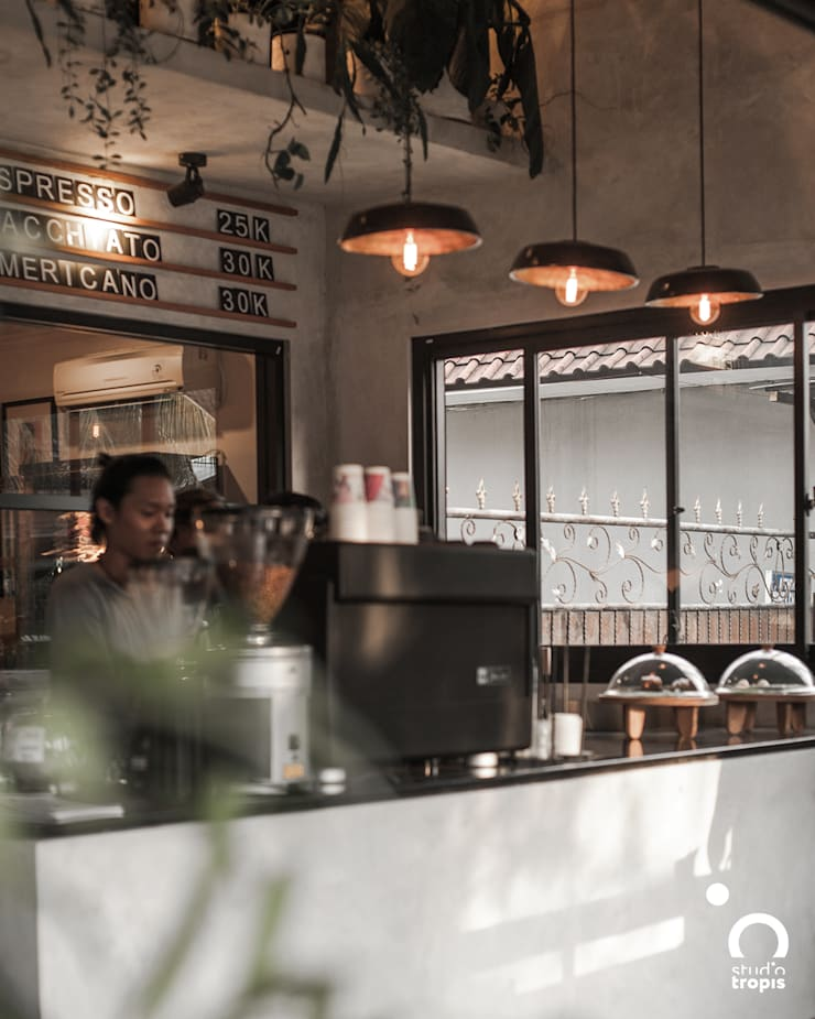 Ritual Coffee & Boutique Seminyak:  Dapur built in by Studio Tropis