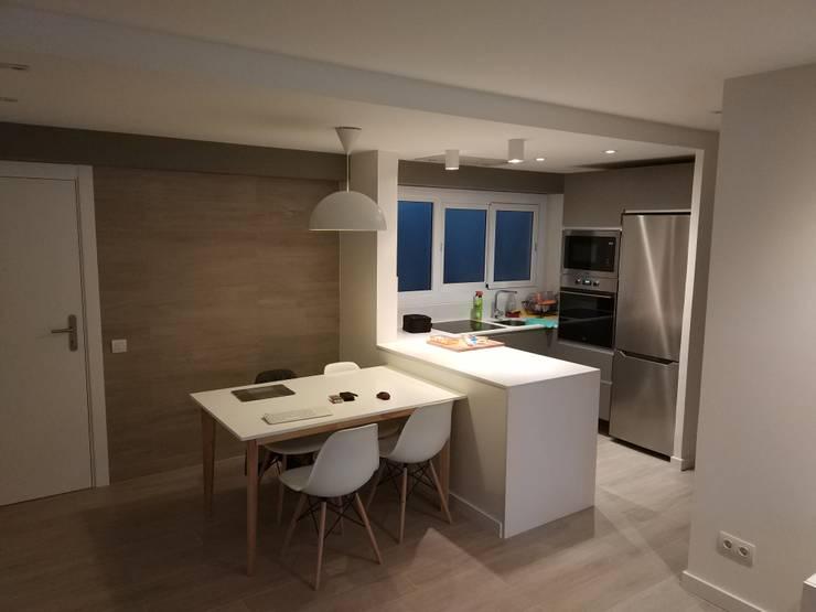 غرفة السفرة تنفيذ Imma Carner Arquitectura Interior