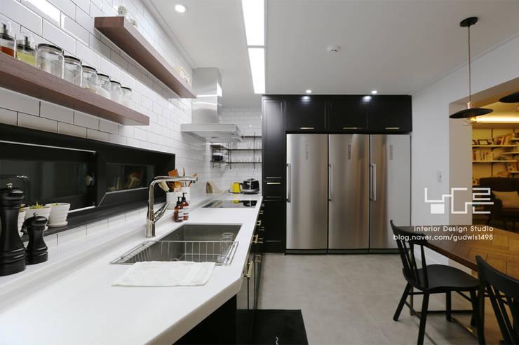 廚房 by 남다른디자인