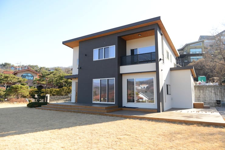 단독주택 : 우드선 목조건축의  주택,컨트리