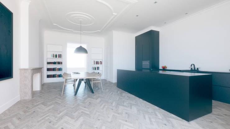 R297:  Eetkamer door Bruusk architecten