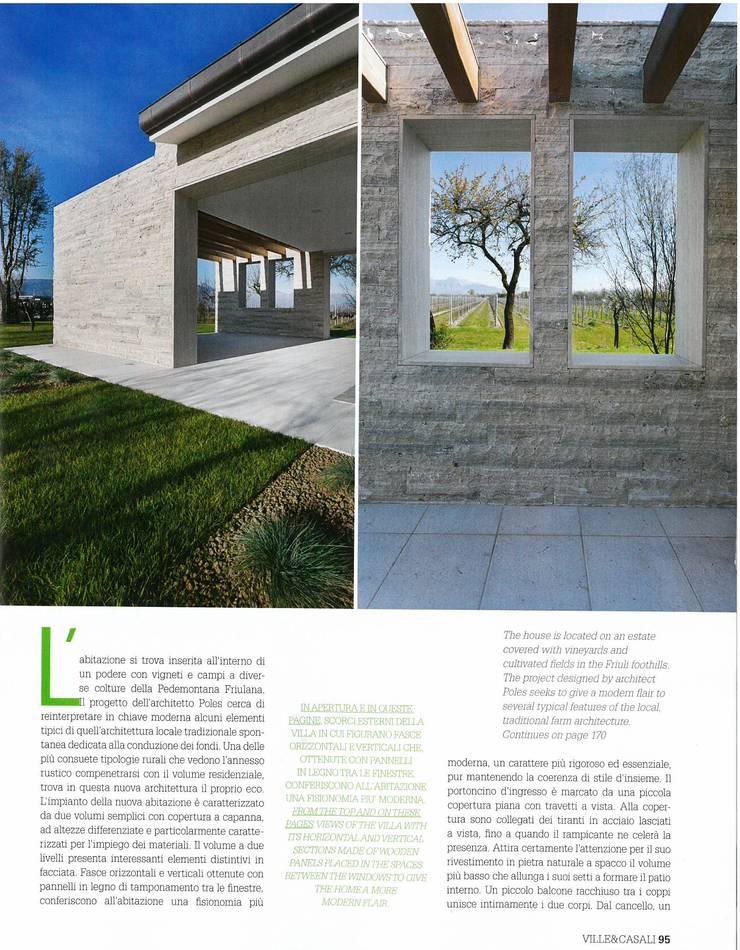 La casa in campagna                        (Brugnera PN): Terrazza in stile  di GRAPHOS_DS