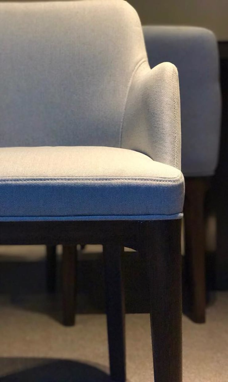 Dining Chair design:  Dining room by DW Interiors