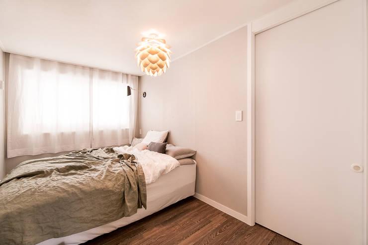 Bedroom by 봄디자인