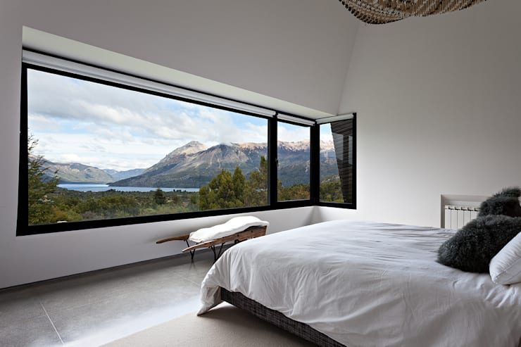 MD House:  Bedroom by Alric Galindez