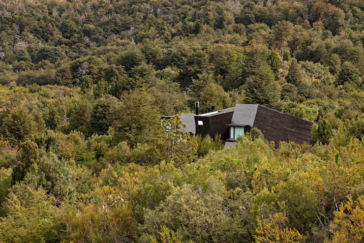 MD House:  Wooden houses by Alric Galindez