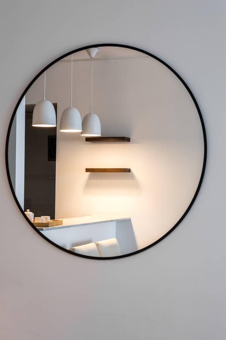 Obra Avalos – Diseño Integral Living comedor: Comedores de estilo  por Bhavana