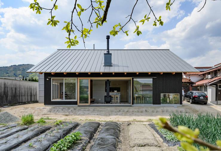 บ้านไม้ by 風景のある家.LLC