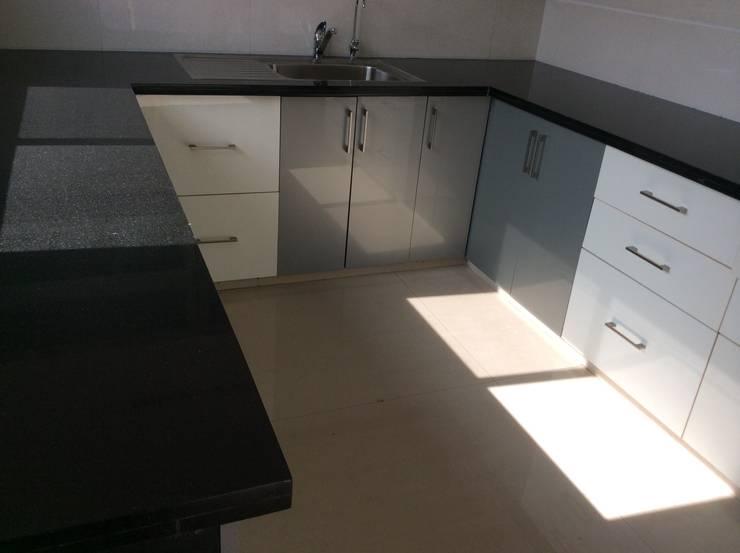 Interiorozal- Home Design | Renovation of Home&Office | Office Design: modern Kitchen by InteriorOzal