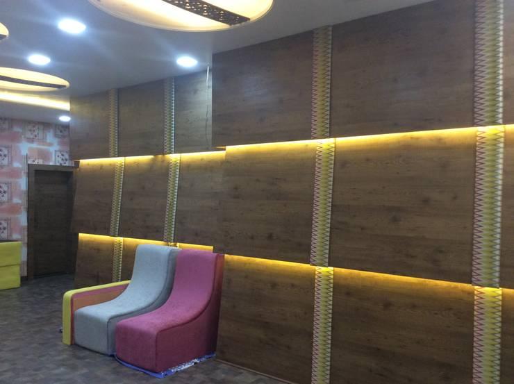 Interiorozal- Home Design | Renovation of Home&Office | Office Design:  Walls by InteriorOzal