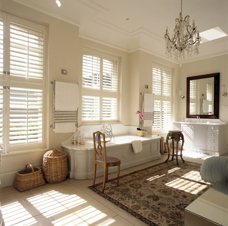 Bathroom Shutters:  Bathroom by S:CRAFT