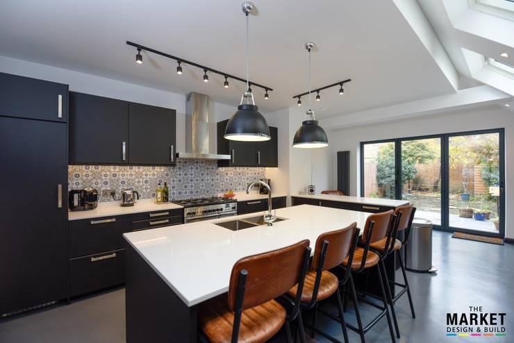 TWICKENHAM EXTENSION, LOFT AND REFURBISHMENT:  Kitchen by The Market Design & Build