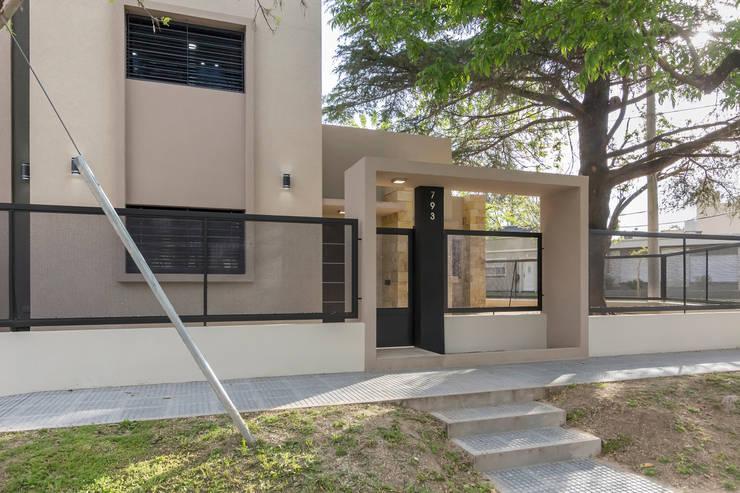 Casa 2C - REFORMA y AMPLIACIÓN : Casas de estilo moderno por D'ODORICO OFICINA DE ARQUITECTURA