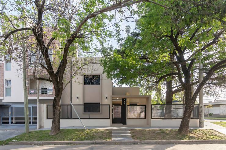 Casa 2C – REFORMA y AMPLIACIÓN : Casas de estilo  por D'ODORICO OFICINA DE ARQUITECTURA