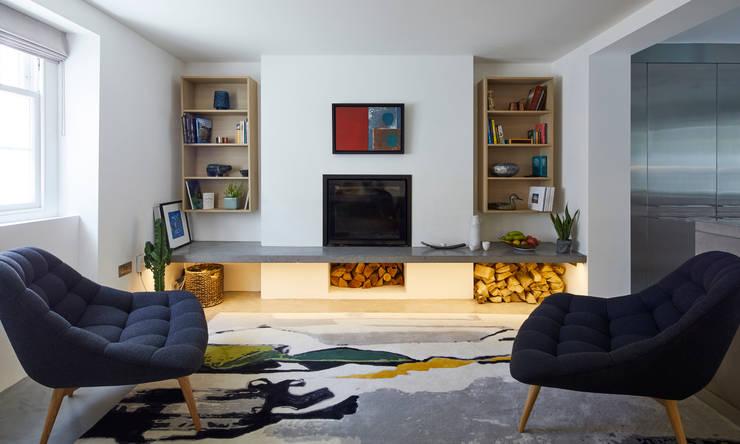 غرفة المعيشة تنفيذ Space Group Architects