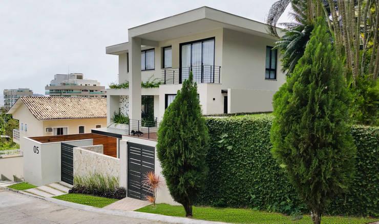 房子 by Cláudio Maurício e Paulo Henrique