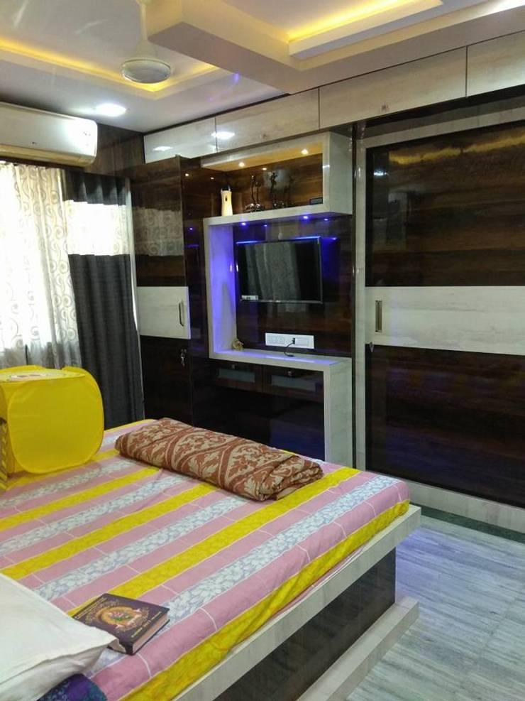 master bedroom design:  Bedroom by KUMAR INTERIOR THANE
