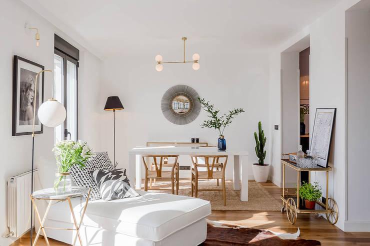 Phòng khách by CABALLERO Fotografía de Arquitectura, Inmobiliaria e Interiorismo
