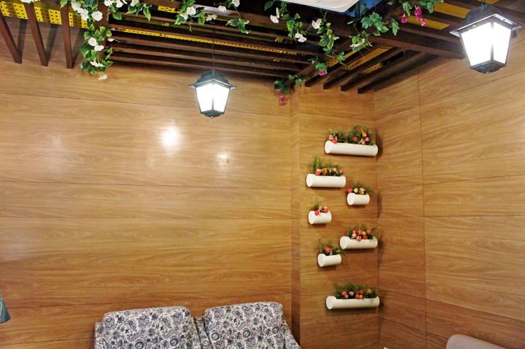 Mahajans Lounge in DLF 4, Gurugram:  Walls by Grecor