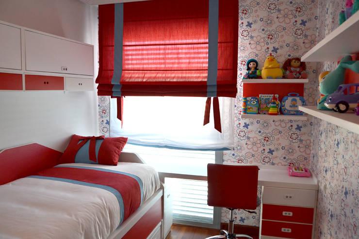 غرفة نوم مراهقين  تنفيذ Samarkanda - Muebles y Decoración
