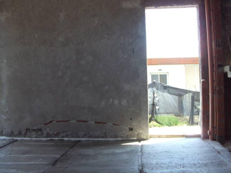 Casa M - Funes: Casas de estilo  por GMV ESTUDIO,