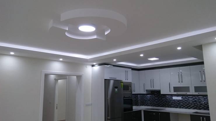 Damla Yapı Teknik – Tavan dekorasyonu:  tarz Ev İçi
