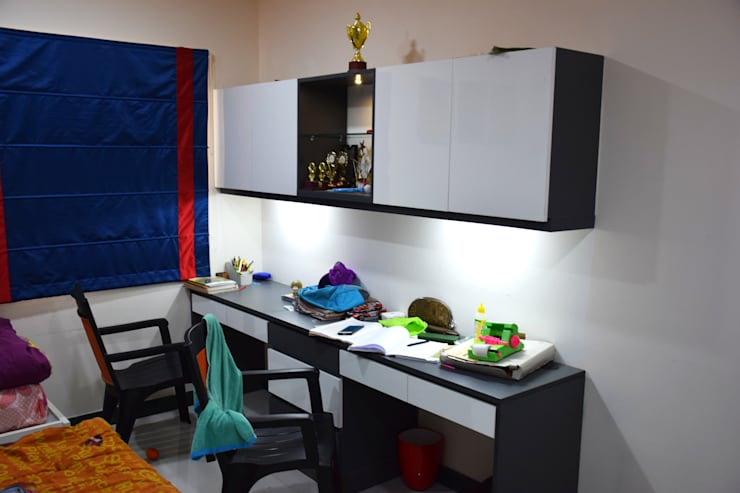 MY Home Vihanga:  Nursery/kid's room by Dream Modular