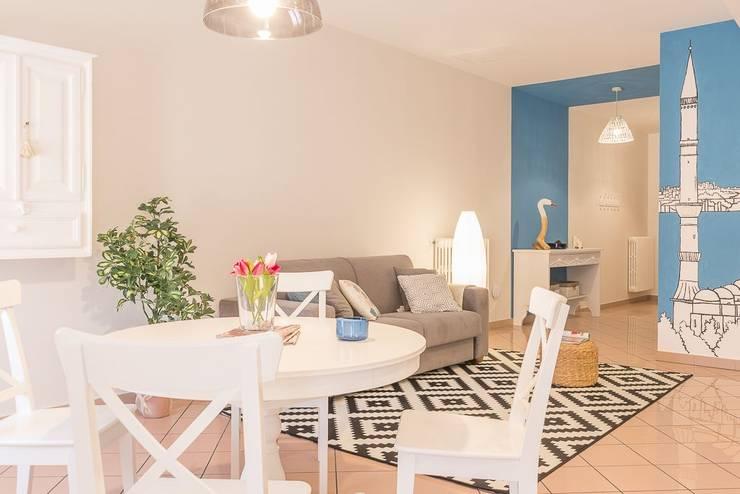 Столовые комнаты в . Автор – Anna Leone Architetto Home Stager, Минимализм
