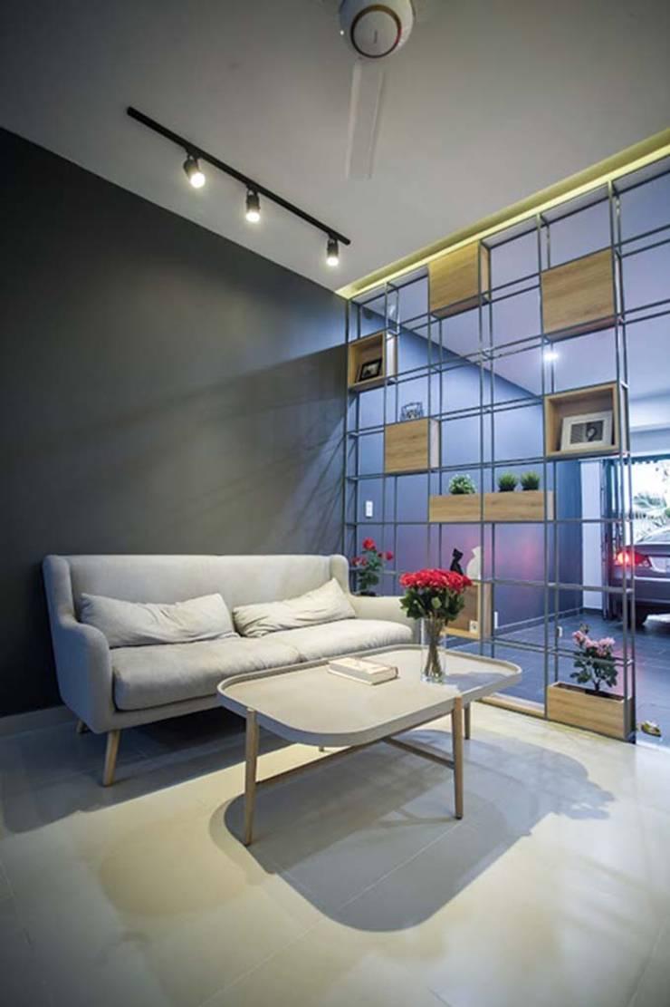 Không gian phòng khách sang trọng – thanh lịch:  Phòng khách by Công ty TNHH Xây Dựng TM – DV Song Phát