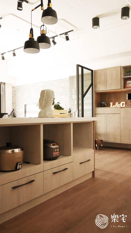 .:  系統廚具 by 樂宅設計 系統傢俱