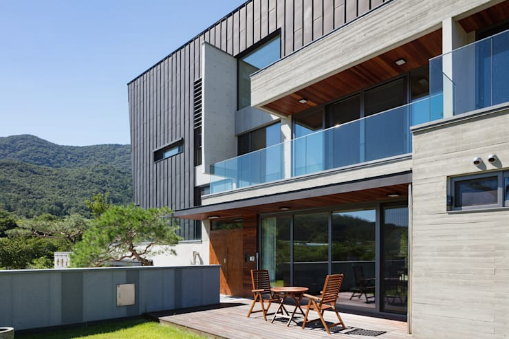 향한리주택: 건축사 사무소 YEHA의  주택