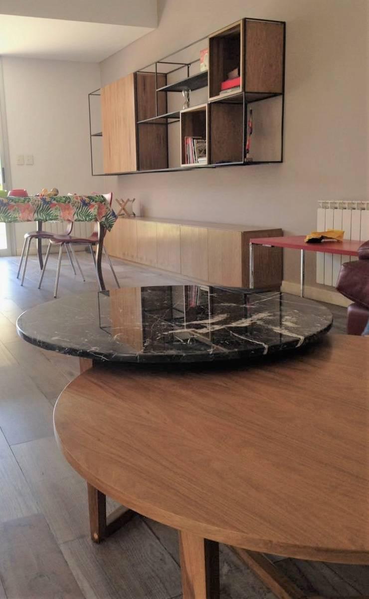 Muebles varios obra Villa del Parque: Livings de estilo  por Barragan Carpinteria,
