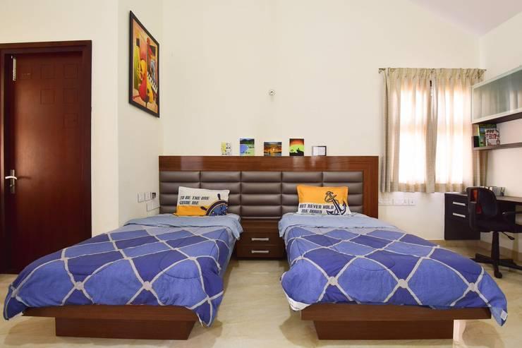 kids room: modern Bedroom by Team Kraft