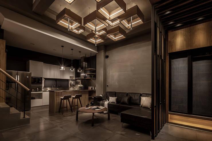 industrial Living room by 漢玥室內設計