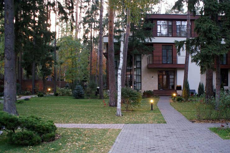 Jardines de estilo industrial de ПАН Ландшафт Industrial