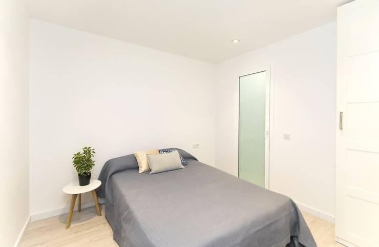 غرفة نوم تنفيذ Gramil Interiorismo II - Decoradores y diseñadores de interiores