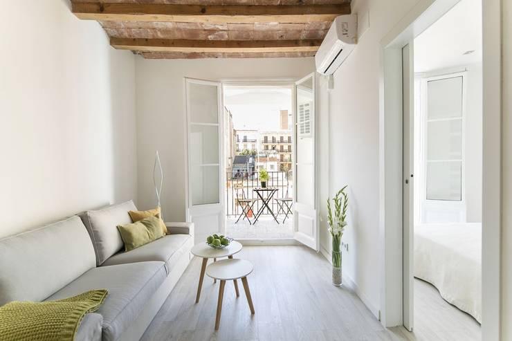 غرفة المعيشة تنفيذ Gramil Interiorismo II - Decoradores y diseñadores de interiores