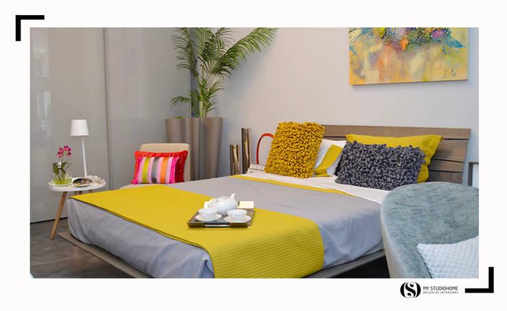Showroom : Quarto  por MY STUDIO HOME - Design de Interiores