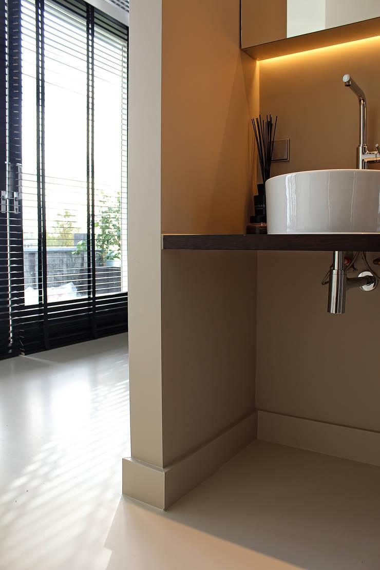 Badkamer Design :  Badkamer door Motion Gietvloeren