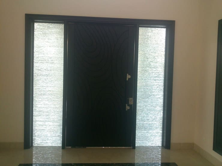 Entrance:  Front doors by ANBN DESIGNS