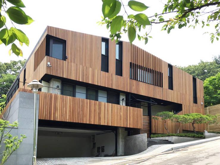 Casas de campo de estilo  por (주)스튜디오360플랜