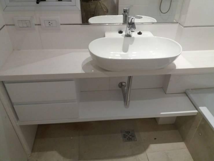Bacha Bacho en suite.: Baños de estilo  por NG Estudio,