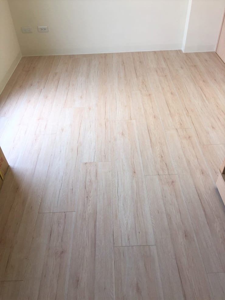 寶佳室內設計及施工:  地板 by 寶佳室內裝修工務所