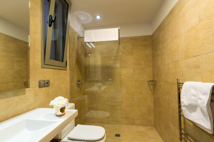 حمام تنفيذ Home & Haus | Home Staging & Fotografía