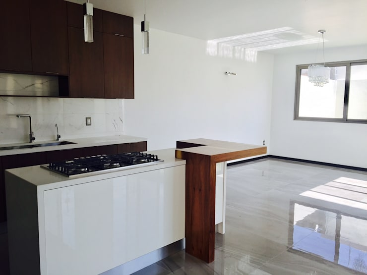 Colinas de Santa Anita: Cocinas de estilo moderno por Arki3d