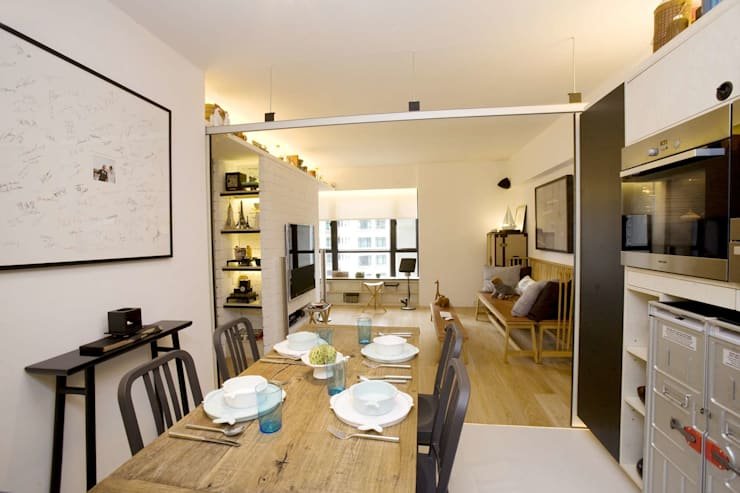 Vantage Park:  Dining room by Clifton Leung Design Workshop