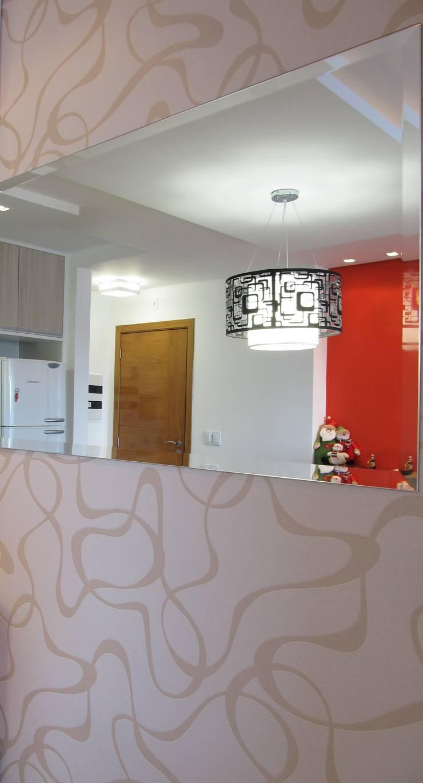 Espelho: Salas de jantar modernas por Janete Krueger Arquitetura e Design