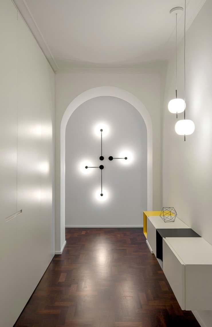 Modern Corridor, Hallway and Staircase by Paola Maré Interior Designer Modern Wood Wood effect