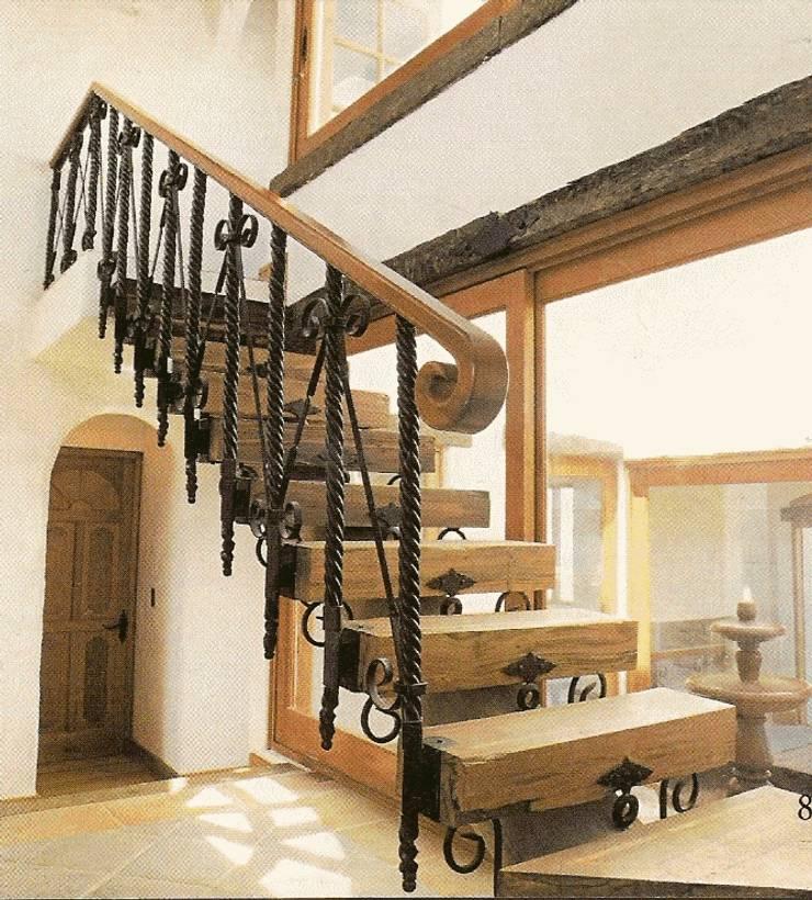 Casa Arentsen: Casas de estilo  por JVA