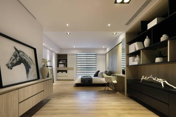 Bedroom by 喬克諾空間設計